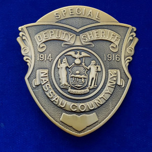 New York Nassau County Polizeimarke